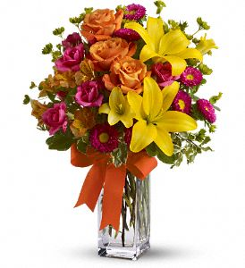 Teleflora's Summertime Splash in Bakersfield CA, White Oaks Florist