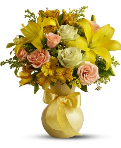 Teleflora's Sunny Smiles in Charlotte NC, Starclaire House Of Flowers