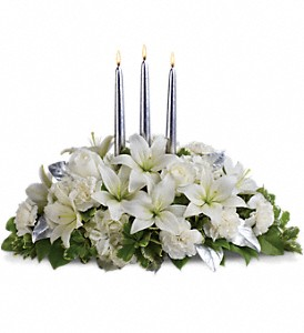 Silver Elegance Centerpiece in Parsippany NJ, Cottage Flowers