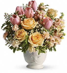 Teleflora's Peaches and Dreams in Reno NV, Bumblebee Blooms Flower Boutique