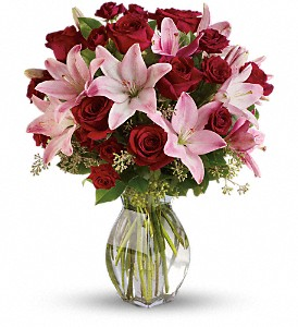 Lavish Love Bouquet with Long Stemmed Red Roses in Cambridge NY, Garden Shop Florist