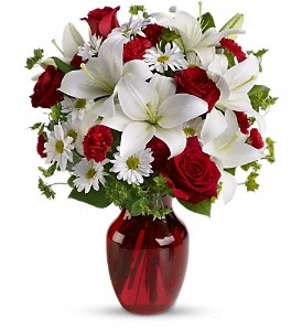 Be My Love Bouquet with Red Roses in Gothenburg NE, Ribbons & Roses