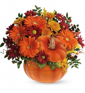 Teleflora's Country Pumpkin in Amherst NY, The Trillium's Courtyard Florist
