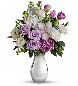 Teleflora's Breathless Bouquet in Washington DC, Capitol Florist