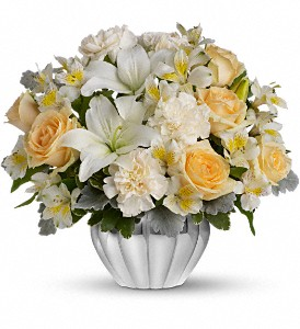 Teleflora's Kiss Me Softly in Renton WA, Cugini Florists