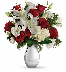 Teleflora's Silver Noel Bouquet in Bartlett IL, Town & Country Gardens