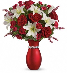 Teleflora's XOXO Bouquet with Red Roses in KANSAS CITY MO, Toblers Flowers