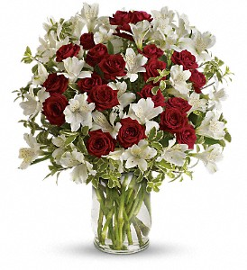 Endless Romance Bouquet in Kalamazoo MI, Ambati Flowers