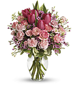 Full Of Love Bouquet in Huntington WV, Spurlock's Flowers & Greenhouses, Inc.