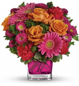 Teleflora's Turn Up The Pink Bouquet in Sioux Falls SD, Country Garden Flower-N-Gift