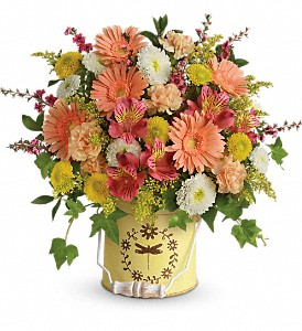 Teleflora's Country Spring Bouquet in Lufkin TX, Bizzy Bea Flower & Gift