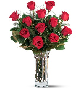 Teleflora's Hearts and Roses Bouquet in Lewiston & Youngstown NY, Enchanted Florist
