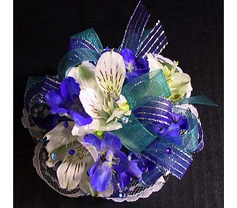 Wristlet Corsage in Hudson NH, Anne's Florals & Gifts