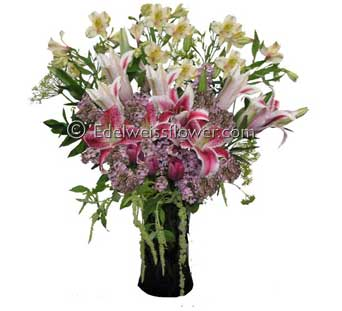 Abundant Heart Bouquet in Santa Monica CA, Edelweiss Flower Boutique