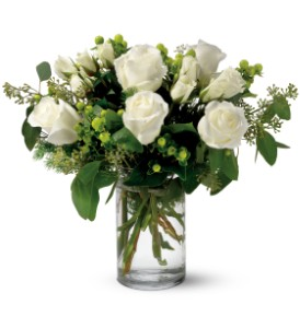 Teleflora's Alpine Roses in New York NY, Fellan Florists Floral Galleria