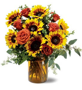 Rose and Sunflower Splendor in Crown Point IN, Debbie's Designs