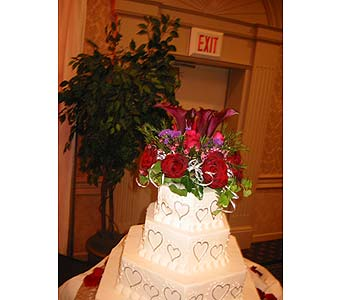 Exotica's Cake Top in Fairfax VA, Exotica Florist, Inc.