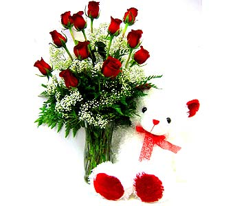 FF70 ''Love at First Sight'' Roses & Bear in Oklahoma City OK, Array of Flowers & Gifts