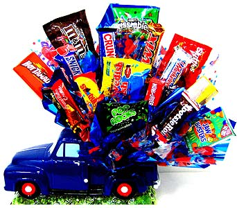 CB128 ''Classic Love'' Pickup Truck Candy Bouquet in Oklahoma City OK, Array of Flowers & Gifts