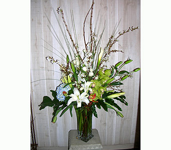 The Beholden in Dallas TX, Petals & Stems Florist