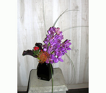The Lyric in Dallas TX, Petals & Stems Florist