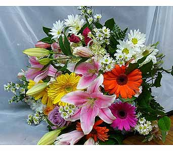 Colorful Spring Assortment in Massapequa Park NY, Bayview Florist & Montage  1-800-800-7304