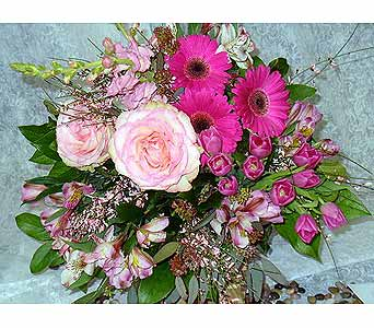 Pinks in Massapequa Park NY, Bayview Florist & Montage  1-800-800-7304