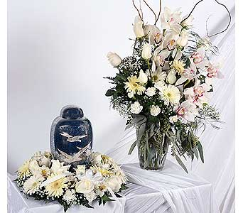 Urn or Photo Wreath in Southampton PA, Domenic Graziano Flowers