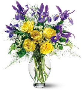 Teleflora's Clear Inspiration Bouquet in Eugene OR, Dandelions Flowers