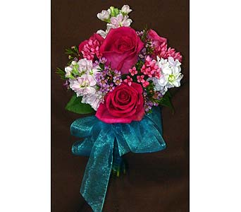 Teen Dancer in Massapequa Park NY, Bayview Florist & Montage  1-800-800-7304