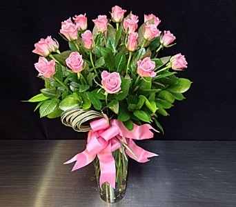 Sweetheart/Short Stem Roses - 2 Dozen in La Jolla CA, Adelaide's Florists and Decorators