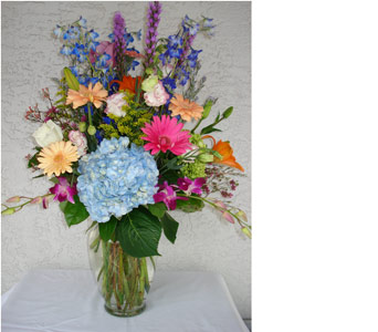 Grand Hotel Vase in Naples FL, Gene's 5th Ave Florist