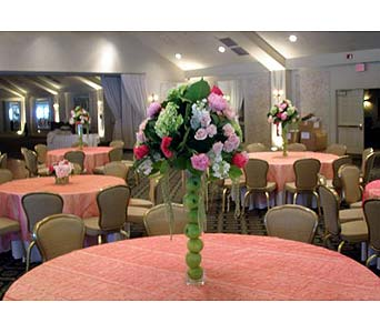 Centerpiece 30 in Norristown PA, Plaza Flowers