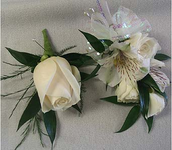 Boutonniere in Bakersfield CA, All Seasons Florist