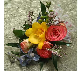Corsage in Bakersfield CA, All Seasons Florist