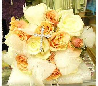 Angel Wings in Massapequa Park NY, Bayview Florist & Montage  1-800-800-7304