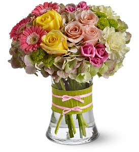 Fashionista by Petals & Stems in Dallas TX, Petals & Stems Florist