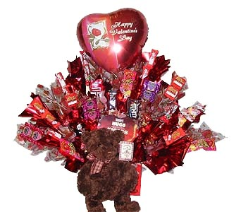 VCB15 ''Bear Hugs'' (Candy Bouquet) in Oklahoma City OK, Array of Flowers & Gifts