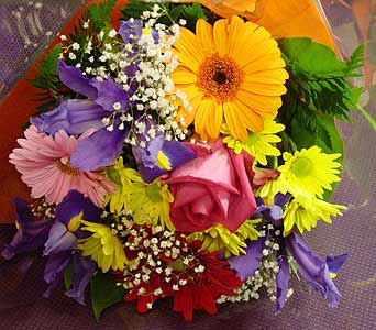 Very Colorful Bouquet in Massapequa Park NY, Bayview Florist & Montage  1-800-800-7304