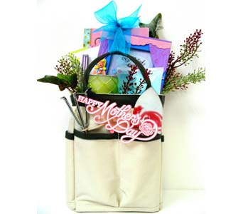 MDGB282 ''Gift Bag for MOM'' Gift Basket in Oklahoma City OK, Array of Flowers & Gifts