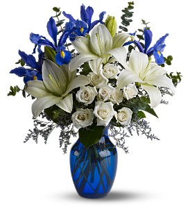 Blue Horizons in Metairie LA, Golden Touch Florist