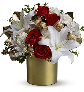 Teleflora's 24 Karat Bouquet in Jamesburg NJ, Sweet William & Thyme