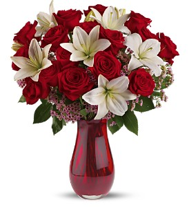 Teleflora's Elegant Love Bouquet - Deluxe in Belford NJ, Flower Power Florist & Gifts