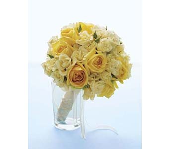 Yellow Spray Rose Bouquet in Perrysburg & Toledo OH - Ann Arbor MI OH, Ken's Flower Shops