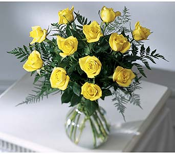The FTD� Brighten the Day� Rose Bouquet Local and Nationwide Guaranteed Delivery - GoFlorist.com