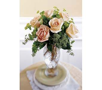 The FTD� Sun Blushed� Rose Bouquet Local and Nationwide Guaranteed Delivery - GoFlorist.com
