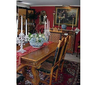 Antique Table and Chairs in San Antonio TX, Allen's Flowers & Gifts