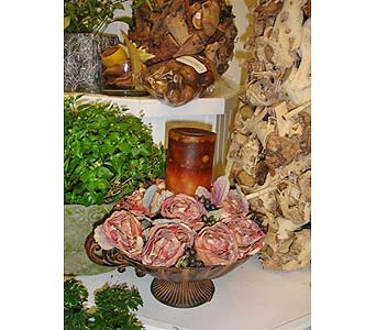 Victorian Centerpiece in Newmarket ON, Blooming Wellies Flower Boutique