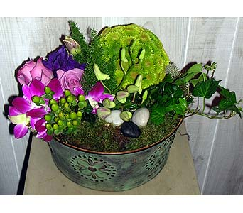 Rock n Roll in Dallas TX, Petals & Stems Florist
