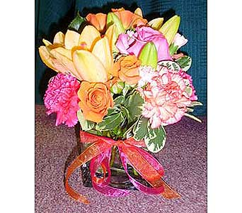 Blushing Roses in Raleigh NC, Gingerbread House Florist - Raleigh NC